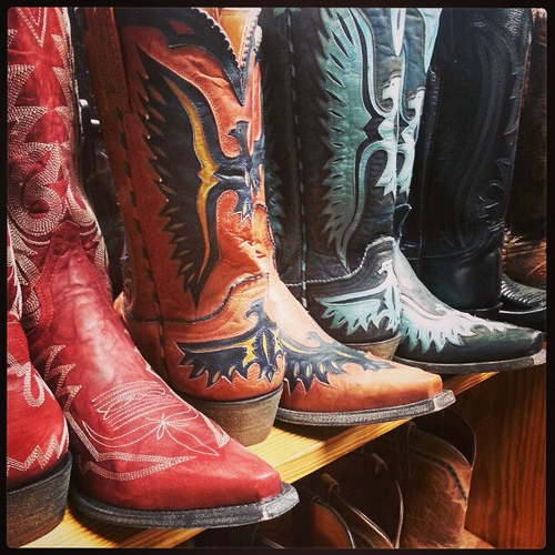 Be still my achy breaky cowgirl heart #boots