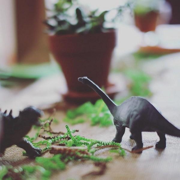 Dinosaur partyscape by @sprittibee