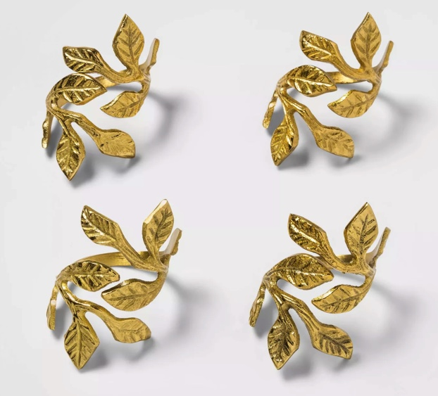 Brass leaves napkin rings for Fall and Thanksgiving Tablescapes