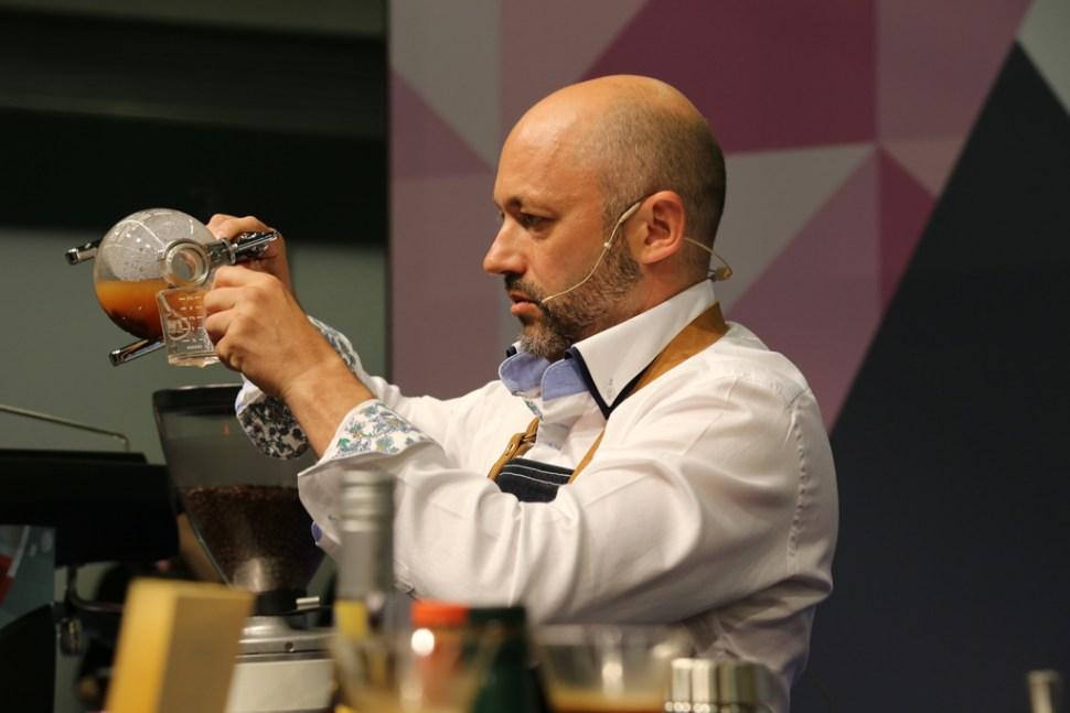 Victor-Bolea-Gomez---Spain---Cafes-el-Criollo-049