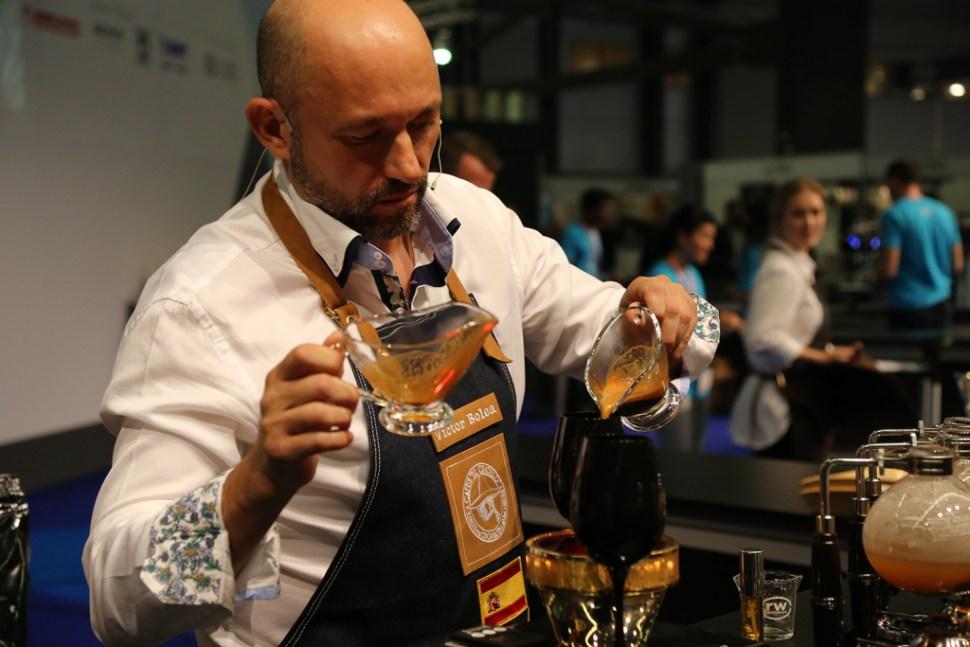 Victor-Bolea-Gomez---Spain---Cafes-el-Criollo-060