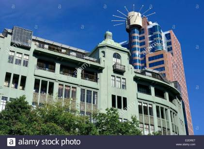 new-zealand-north-island-wellington-civic-square-in-the-waterfront-E2DRE7