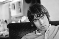 oasis-supersonic-documentary-4-1475169108