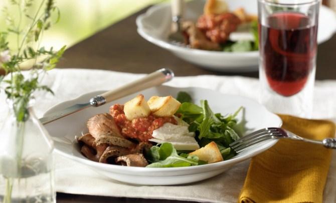 beef-red-pepper-salad-crop
