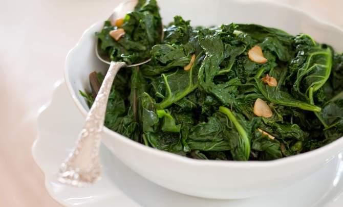 Mixed-Greens-With-Garlic.jpg