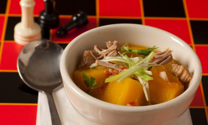 hot-sour-pork-pumpkin-soup-relish