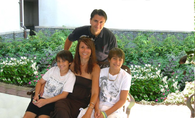 nicole-tassone-multiple-sclerosis-mom-wife-inspiration-spry_copy2