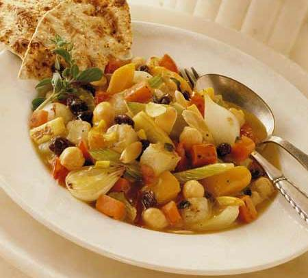 moroccan_vegetable_ragout_with_california_raisins