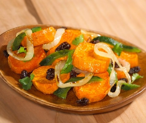 sweet_potatoes_with_raisins_and_poblano_chile_rajas