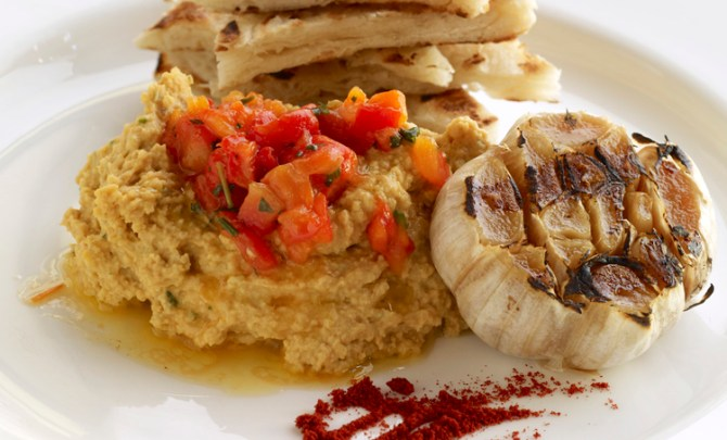 smoked-paprika-hummus-dip-vegan-health-food-spry
