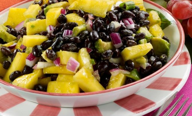 black_bean_and_mango_salad