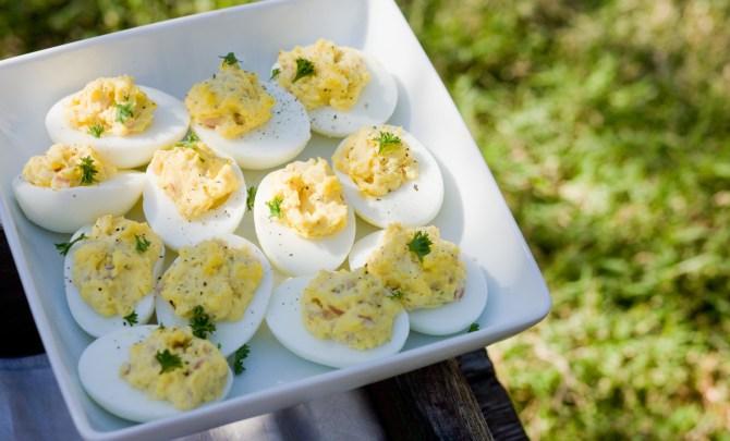 Deviled-Eggs-Recipe-Relish