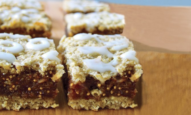 fig-bar-cookie-health-fruit-sweet-spry