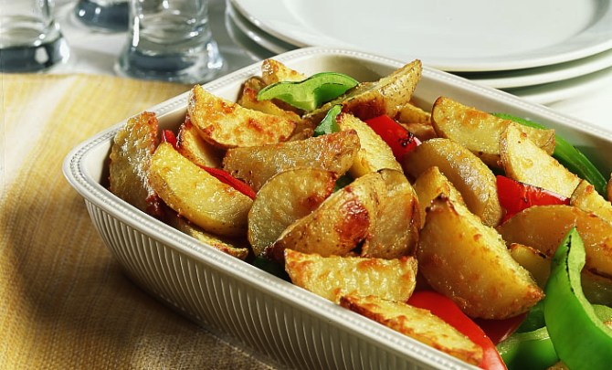 parmesan_potato_wedges-relish.jpg