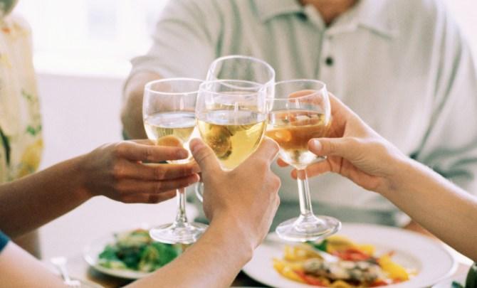 Health-Benefits-of-Drinking-Wine-Spry.jpg
