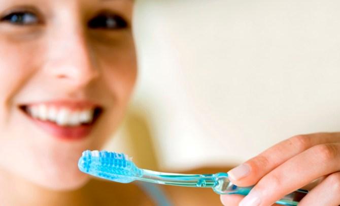 way-ruin-smile-teeth-dental-hygenie-tooth-brush-dentist-gum-health-spry