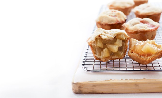 as-you-wish-mini-pies-robin-miller-takes-five-5-ingredient-health-food-network-star-spry