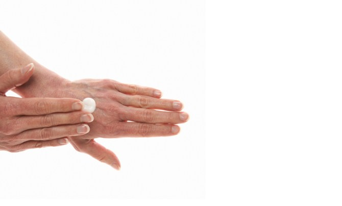 young-hand-skin-protect-beauty-spry