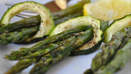 62456-asparagus_with_zucchini1148ee__crop-landscape-534x0