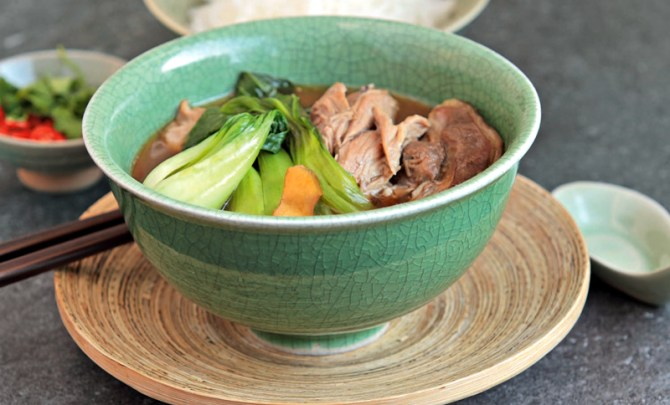 easy-thai-cooking-five-spice-slow-cooked-pork-health-quick-diet-nutrition-recipe-spry