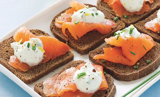 carb-lovers-cookbook-recipe-quick-snack-appetizer-pumpernickel-toast-smoked-salmon-lemon-chive-cream-diet-health-spry