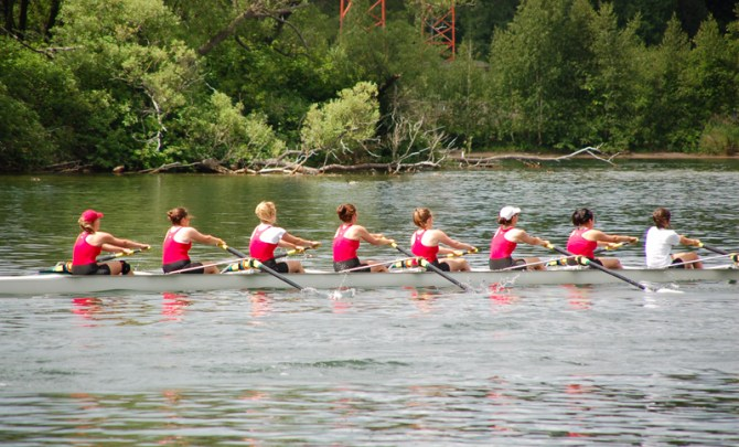 first-time-try-test-rowing-experience-tip-info-exercise-outdoors-water-health-spry