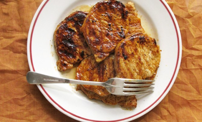 smokin-honey-glazed-pork-chops-relish
