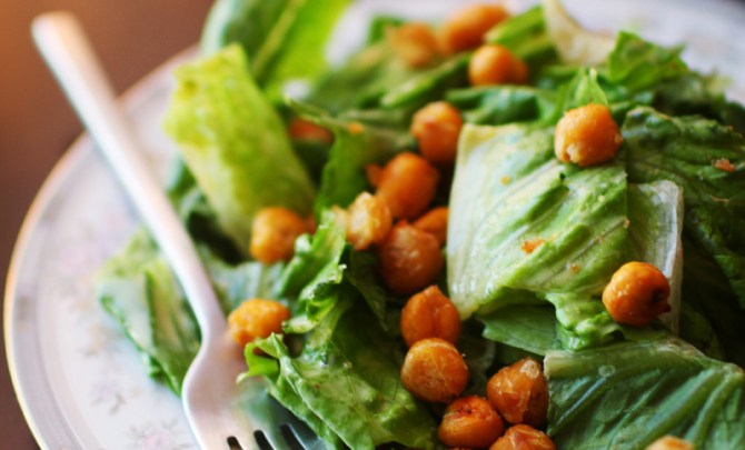 quic-easy-low-cal-vegan-comfort-food-caesar-salad-chickpea-croutons-health-recipe-diet-spry