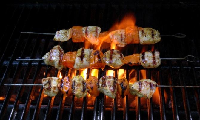 Tunisian-Fire-Chicken-Kebabs-Relish.jpg