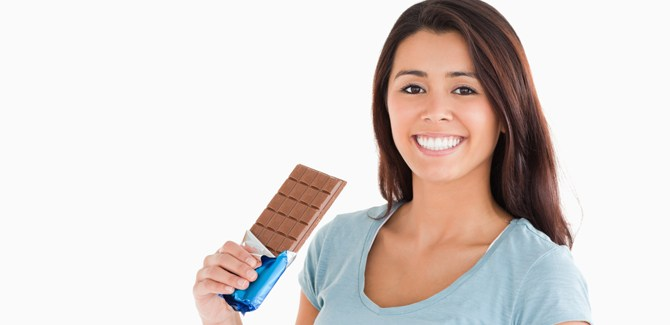 chocolate-cardiovascular-low-blood-pressure-link-heart-health-spry