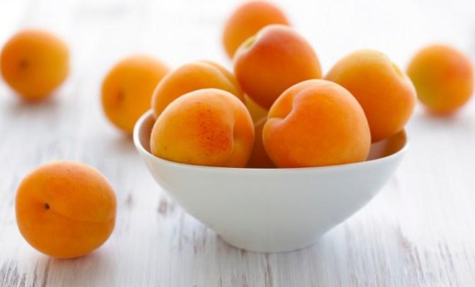 ApricotFruitHighZincHealthySpry.jpg
