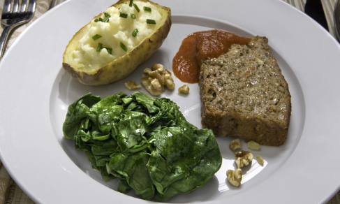 miracle_makeover_meatloaf_w_jacket_potatoes_and_steamed_spinach_jpeg