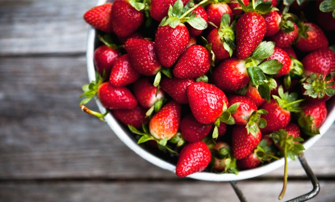 Healthy recipes that feature fresh strawberries.