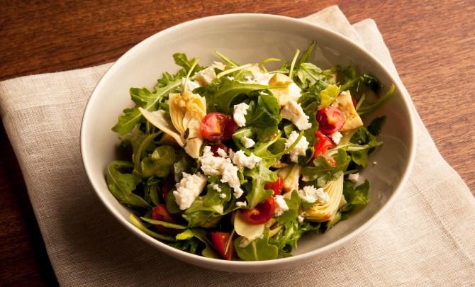 Arugula-Salad-Artichokes-Olives-Feta-Spry