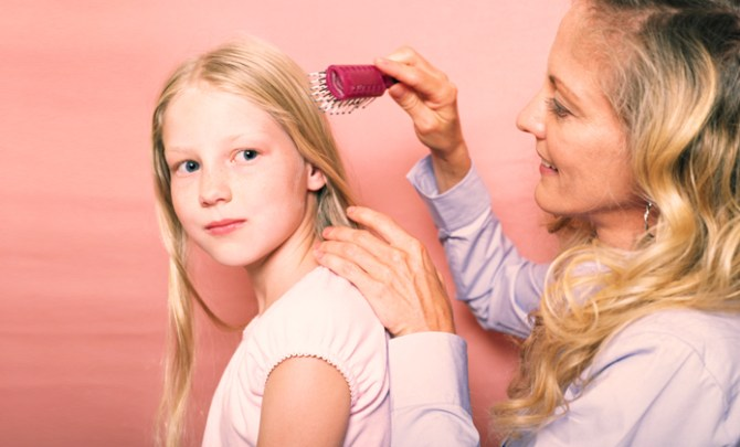How to Avoid Getting Head Lice From Your Child.