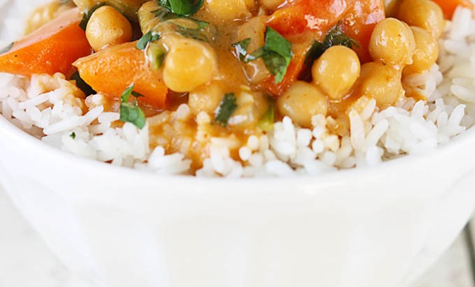 chickpea-coconut-curry-4