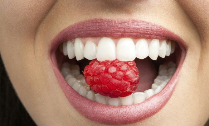 foods that are surprisingly bad for teeth