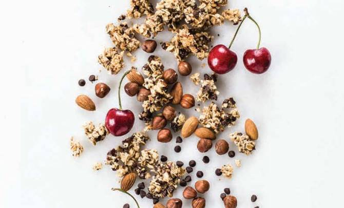 roasted-almond-granola