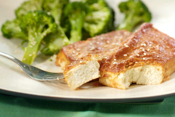 13333_baked_tofu_steak-620x406