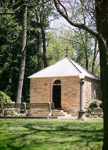 The Saint Anne Shell Chapel is a tiny structure at Saint Mary-of-the-Woods.