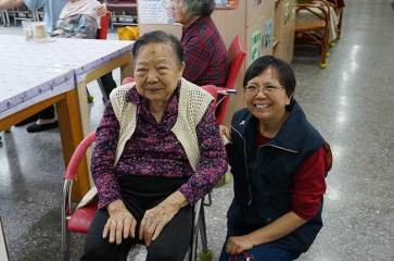 Sister Rose Chiu with her mother.