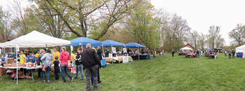 Food vendors cooked rain and shine.