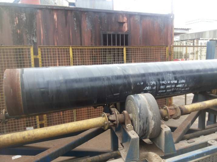 3 LPE pipe on conveyor