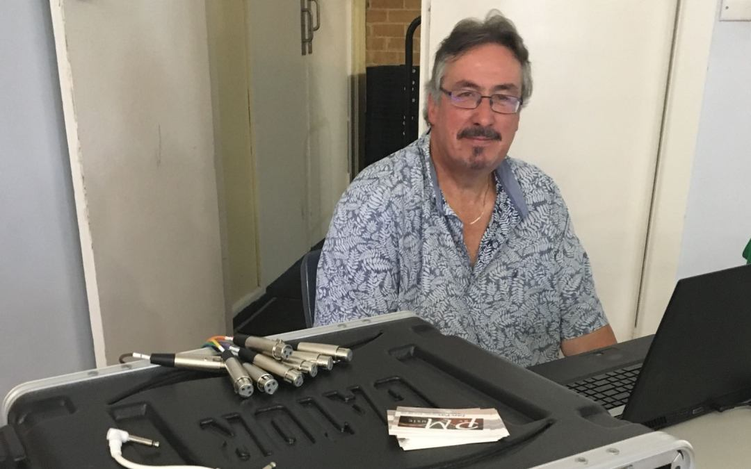 Ian Pav recording engineer for Southern Peninsula Ukulele Group