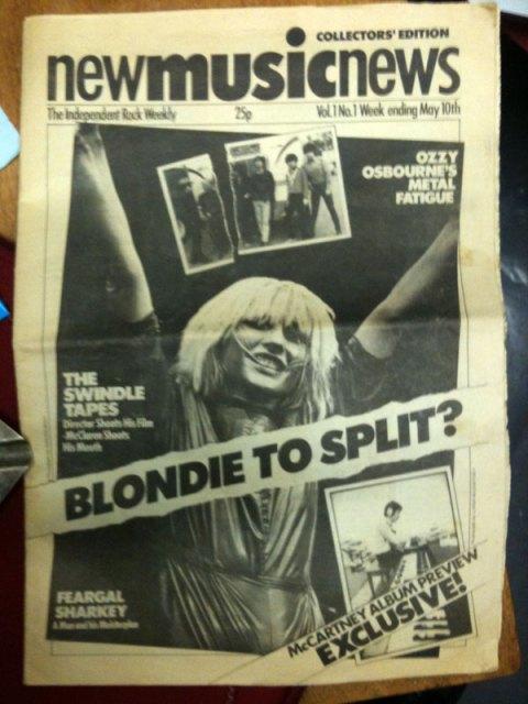 Blondie Split Shock!