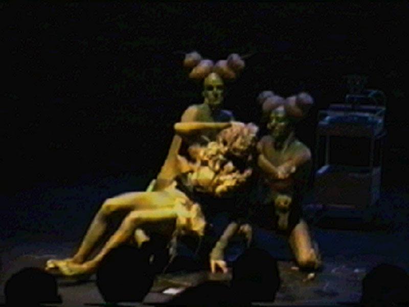 1996-09-04-SF-omfintlig-tv23-eatface