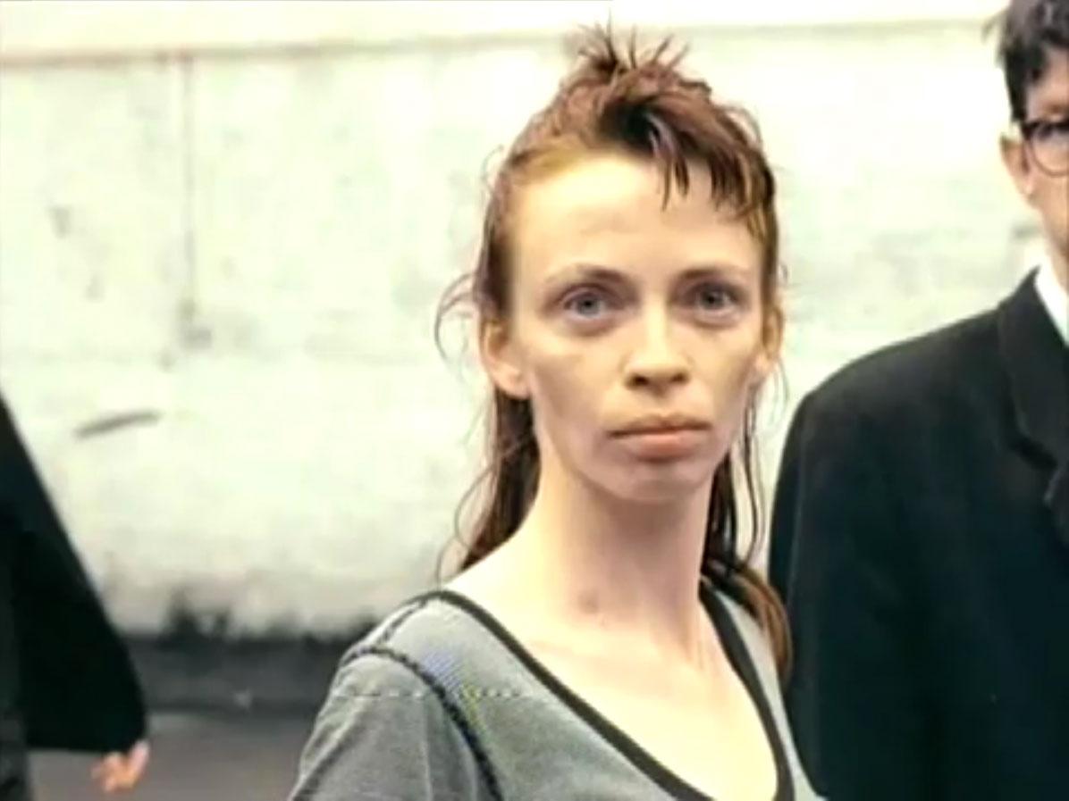 1998-04-01-Hefner-Sweetness-Lies-Within-videograb-07