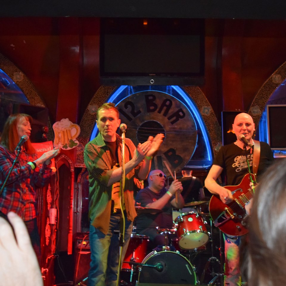 2015-01-30-SF-12-Bar-gig-Nikon-Dan-0256