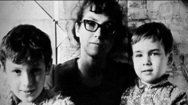 Natalia with her two children.