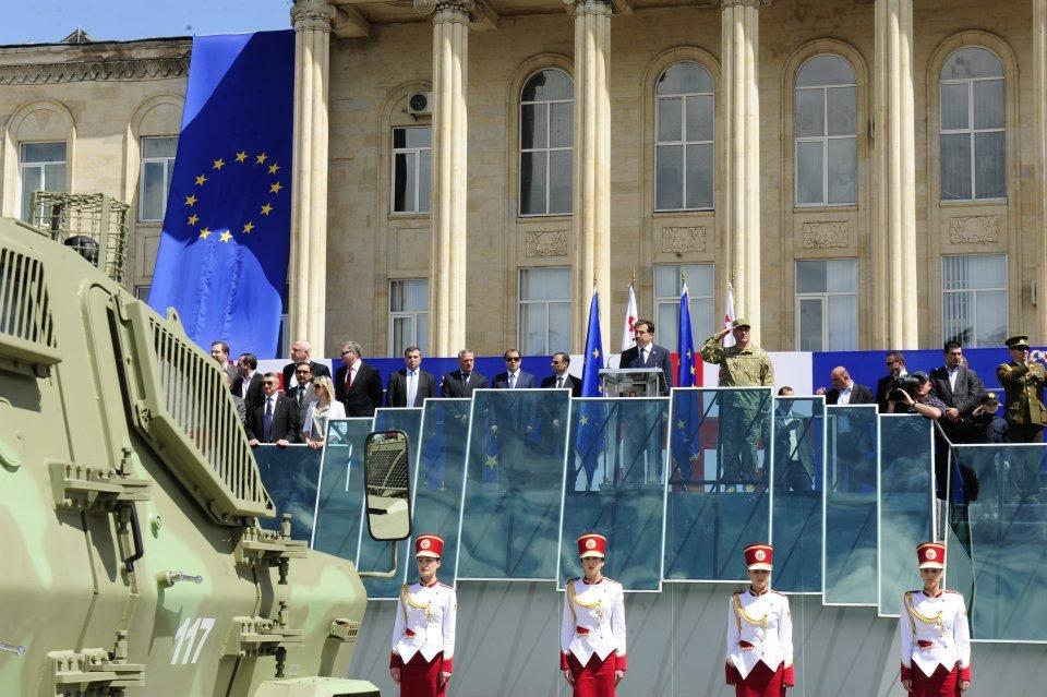 Парад полиции 6 мая в Гори и выступление Саакашвили ВИДЕО